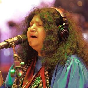 Maula e Kul Lyrics - Abida Parveen | Coke Studio