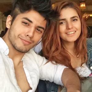Momina Mustehsan Danyal Zafar Selfie Pic