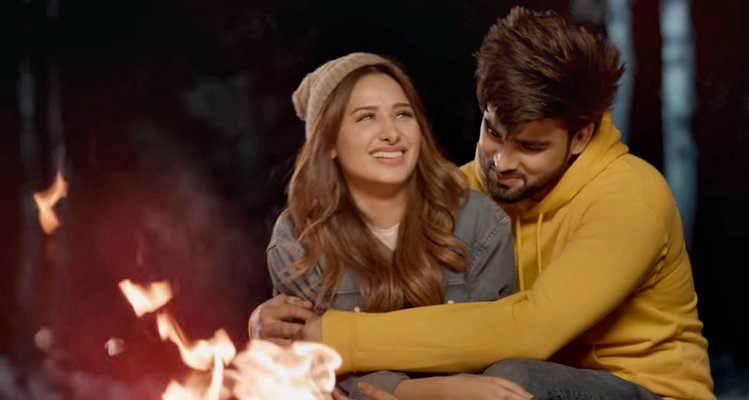 Inder Chahal - Gal Karke Song Lyrics Meaning - Punjabi to English. Read now, Gal Karke Lyrics by Inder Chahal with translations in English, just to explain every single line from the new Punjabi song.