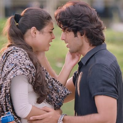 Gundelonaa lyrics meaning Arjun Reddy by Sowjanya