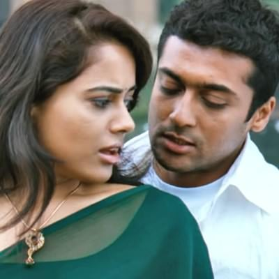 Nenjukkul Peidhidum lyrics translation