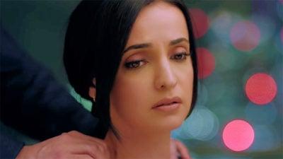 Dil Maang Raha Hai Lyrics Translation – Ghost (Movie)   Sanaya Irani